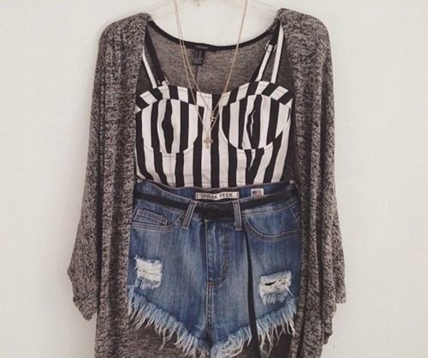 top stripes bustier belt black white gold grey denim ripped shorts cardigan necklace layered layers outfit rebel high waisted High waisted shorts jewels