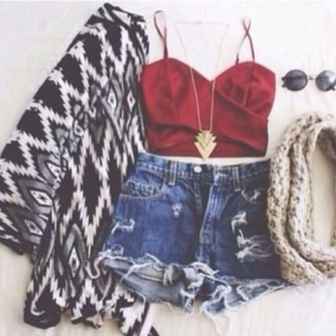 pants shorts tank top style cardigan jacket shirt red top sweater scarf top crop tops jewels necklace gold triangles scarf red