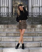 shoes,boots,ankle boots,mini skirt,leopard print,turtleneck,black turtleneck top,turtleneck sweater