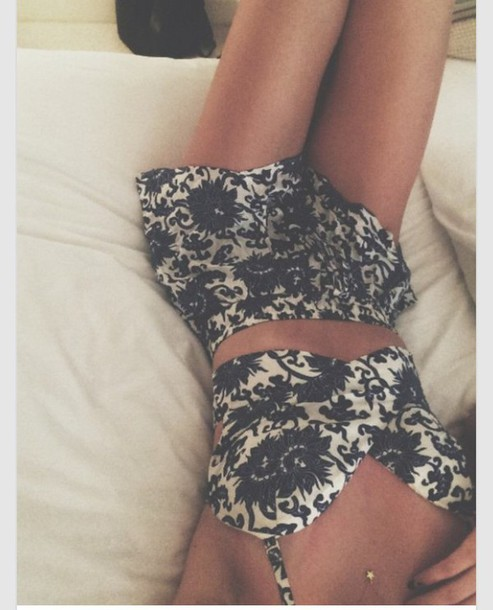 top skirt jumpsuit two-piece black and white floral two-piece spring summer