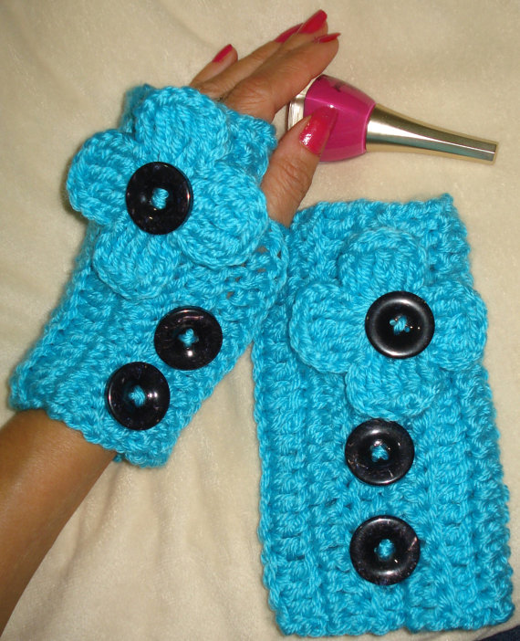 Women's crochet fingerless gloves