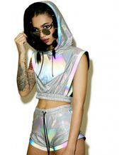 shorts,silver shorts,top,crop tops,silver top,sportswear,holographic,health goth,metallic shorts