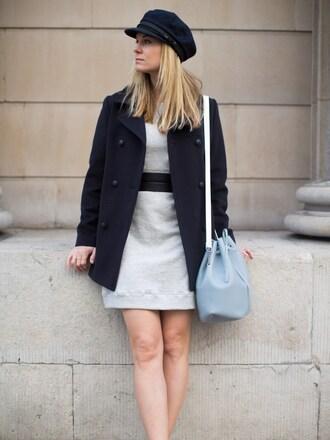 style and minimalism blogger sweater dress bag belt jewels