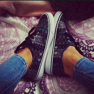 pattern diamond pattern green shoes