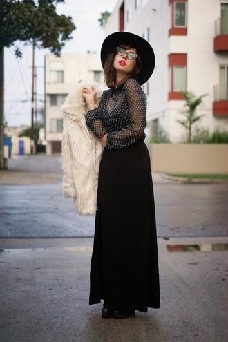 a fashion nerd blogger black skirt maxi skirt blouse polka dots fluffy