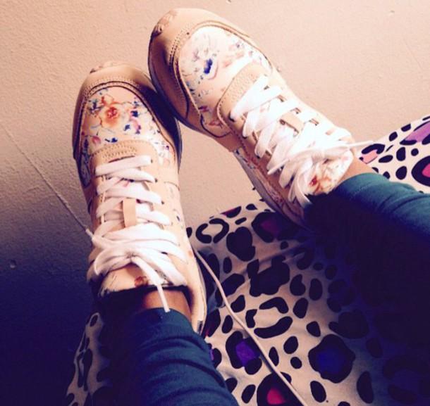 shoes tennis shoes