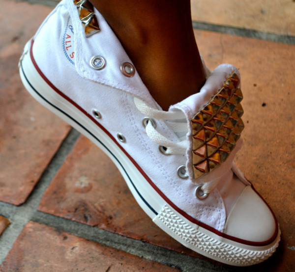 shoes dress studded converses converse sneakers with studs converse snrakers studs