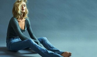 jeans top editorial rosie huntington-whiteley denim flare jeans