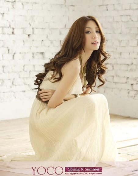 Wholesale fashionable falbala embellished sleeveless gallus drape dress apricot