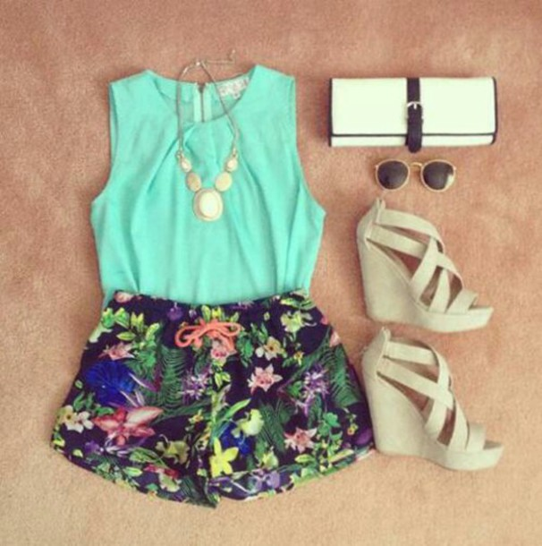 shorts summer outfits hawaiian floral