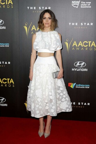skirt top crop tops rose byrne gown white shoes pumps