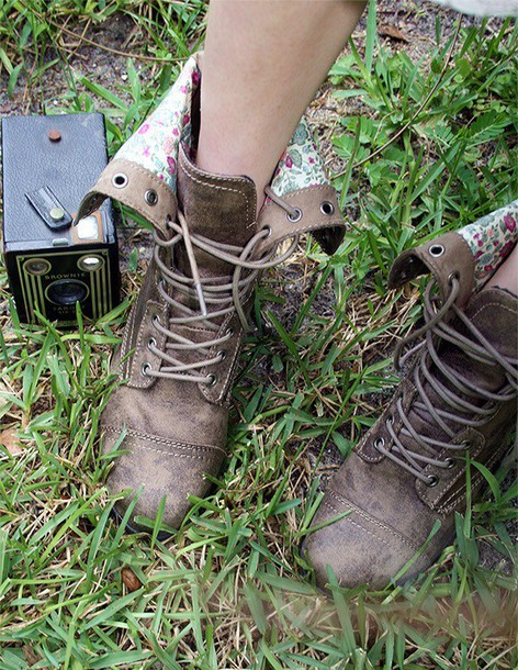 shoes brown boots brown shoes indie vintage boots vintage floral shoes