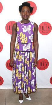 dress,pleated skirt,purple dress,purple,pumps,midi dress,lupita nyong'o