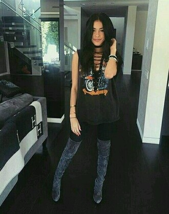 shirt madison beer black tank top lace up top top graphic tee trendy celebrity style t-shirt