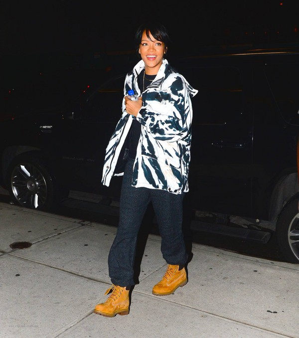 shoes fall outfits rihanna jacket