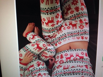 pajamas khloe kardashian christmas red kourtney kardashian kendall jenner