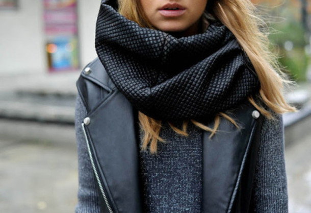 scarf fashion accessories winter outfits shirt grey sweater jacket leather jacket black leader hot pattern black scarf perfecto winter scarf shade outfits shall black leather trendy top t-shirt girl black lether sryle girly ahirt leather scarf