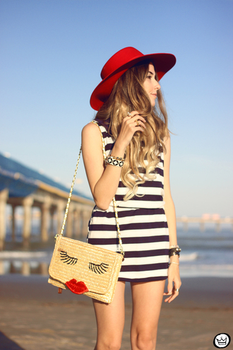 dress blue white striped sleeveless casual mini dress blue white stripes sleeveless mini dress bag kiss hat summer sea navy navy dress sexy one piece dress hot sale good price best outfit