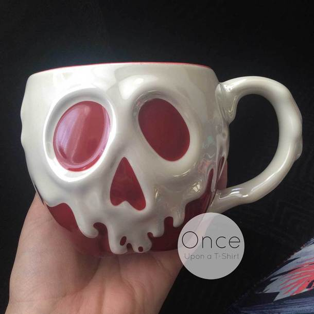 home accessory poisoned apple snow white snow white mug disneyland disney gift ideas christmas gift ideas skull