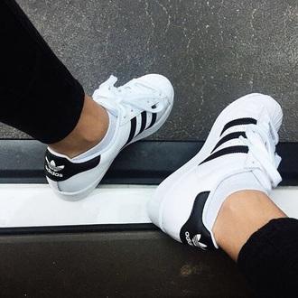 shoes adidas black white black and white black shoes white shoes black and white shoes black and white adidas shoesd adidas shoes
