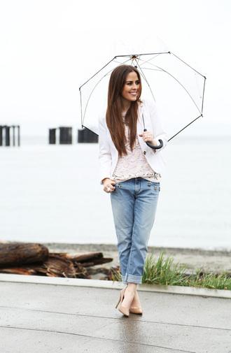 dress corilynn blogger nude high heels boyfriend jeans white jacket jeans top jacket shoes jewels