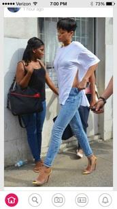 split shirt,rihanna,shoes,white t-shirt,celebrity