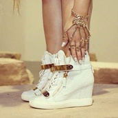 shoes,heels gold vanille color beaitiful,white,sneakers,cardigan,hair accessory,jewels