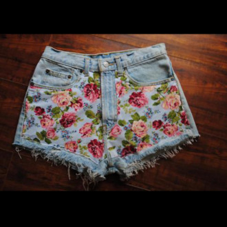 shorts flowery shorts floral shorts flowery floral follow for follow summer outfits summer must have summer essential clothes bottoms hotpants becky g roses