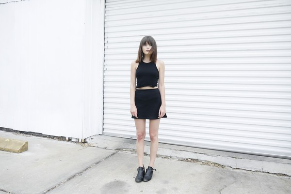 fire on the head tank top skirt shoes
