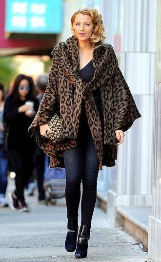 coat animal print leopard print blake lively fall outfits fall coat shoes booties