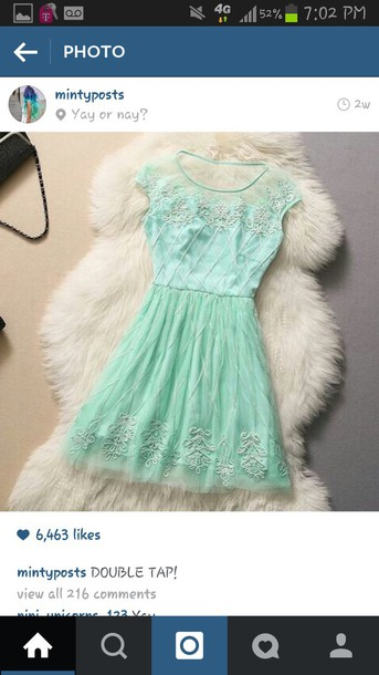 dress mint color