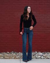 top,tumblr,black top,bodysuit,black bodysuit,denim,jeans,blue jeans,flare jeans,clutch