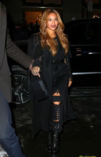 top beyonce jeans ripped jeans all black everything black pants lace up