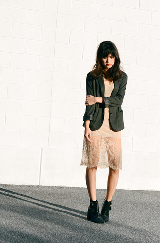 behind seams blogger blazer lace dress nude black boots date outfit