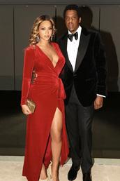 dress,beyonce,red dress,red,wrap dress,Jay Z,celebrity,velvet