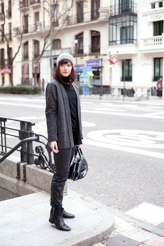 che cosa blogger pants grey jacket jacket sweater hat bag shoes