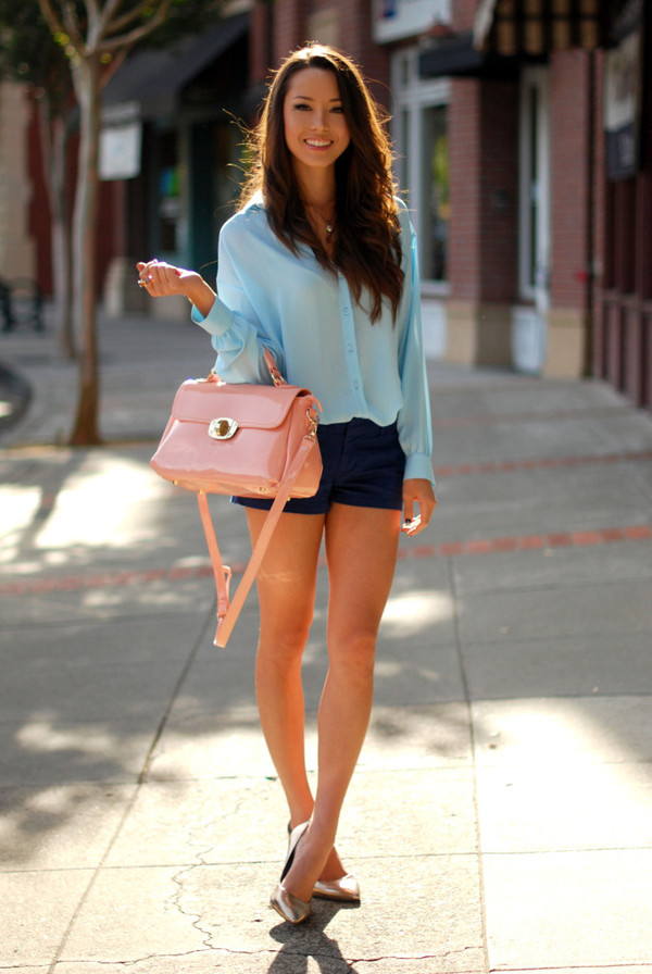 hapa time bag shoes shorts t-shirt patent leather bag pink bag handbag shirt blue shirt blue shorts pumps gold shoes pointed toe pumps high heel pumps patent bag