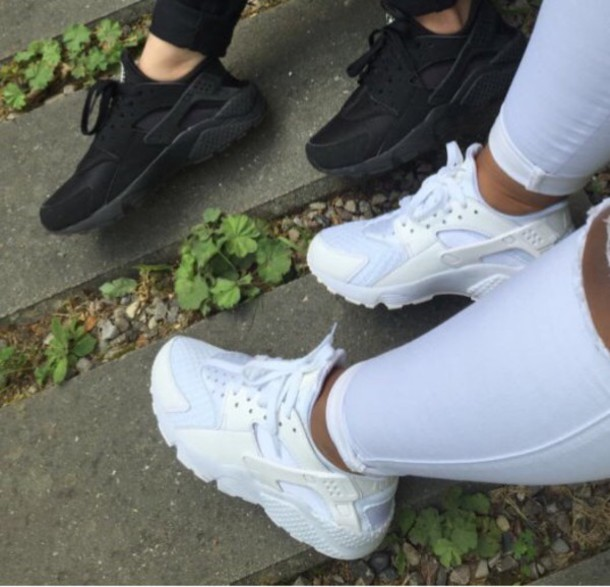 Champs Womens Nike Shoes