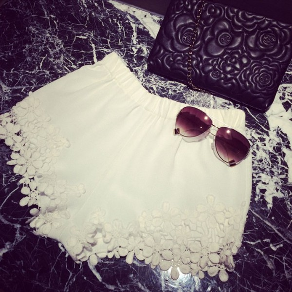 shorts white white shorts High waisted shorts lace summer shorts summer outfits bag sunglasses