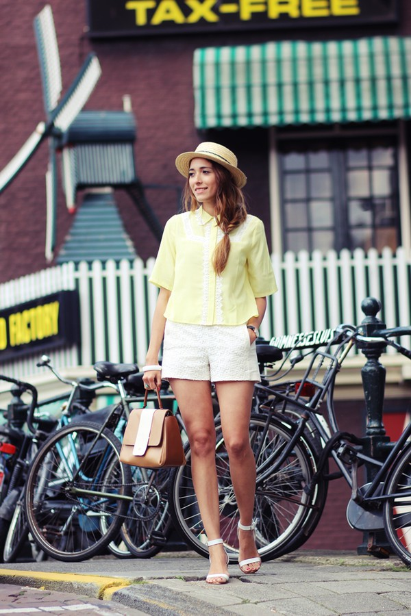 preppy fashionist blogger blouse jewels bag