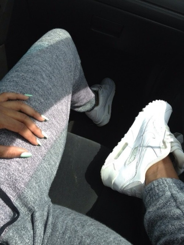 pants sweatpants sportswear shoes nike air max white nike airmax sportswear run white jeans joggers joggers grey jeans white air max nike shoes