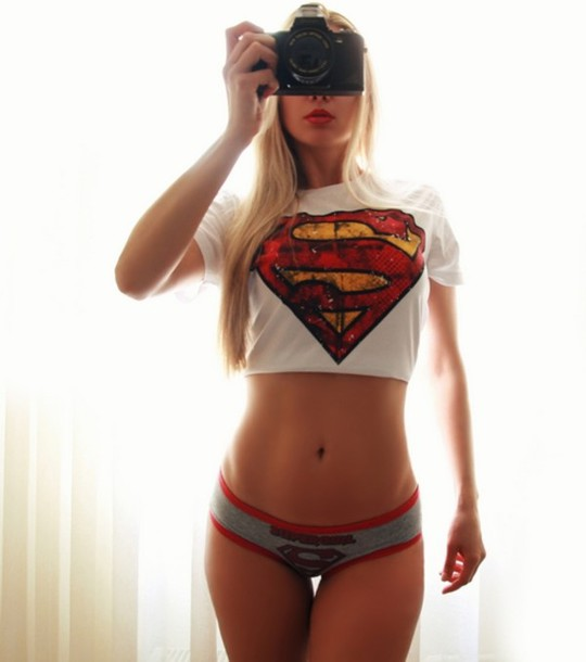 Supergirl costume is a female hero that wears the costume that includes a cape and dress with embroidered patch. The supergirl costume only needs a pair of knee high boots and the ability to fly.