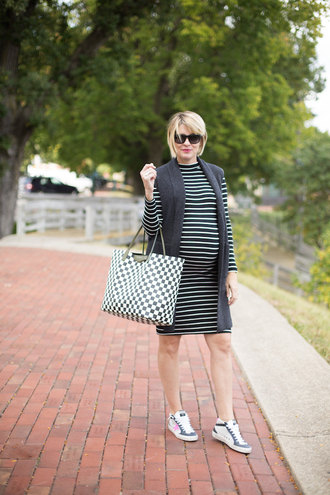 style archives - seersucker and saddles blogger dress bag jewels maternity striped dress tote bag sneakers vest
