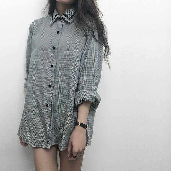 blouse shirt black button up blouse collar plaid button up vintage grey gray back and white oversized sweater oversized grunge monochrome top