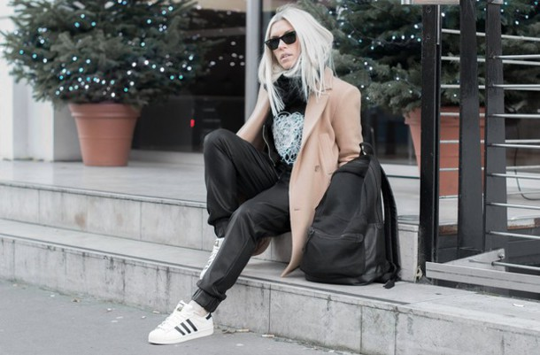 style lime light blogger camel coat black pants adidas shoes t-shirt jewels coat shoes scarf