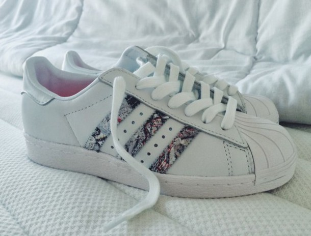 adidas superstar pattern