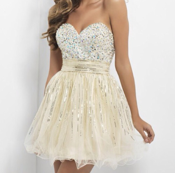dress prom dress princess dress princess white white dress strass cute dress cute stylish fashion clothes gold gold sequins gold dress homecoming dress homecoming dress nude dress champagne dress sparkly dress sparkle shorts short dress high heels glitter fancy