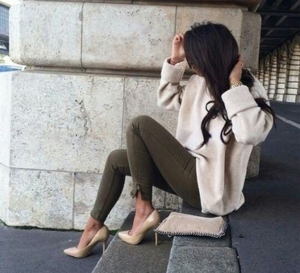 pants green pants khaki pants sweater jeans olive jeans khaki jeans beige sweater fall outfits cozy warm nude cashmere heels cream sweater cute winter sweater