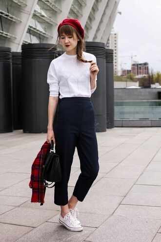 hat red beret white shirt black trousers white sneakers blogger