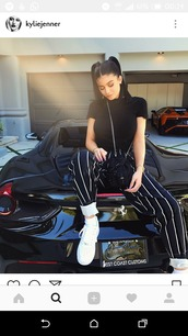 pants,black,stripes,kylie jenner,baggy,white stripes